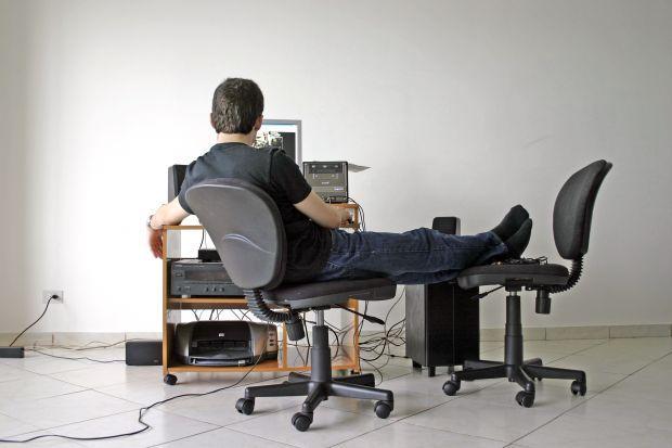 http://www.iped.com.br/_upload/content/2014/11/07/ergonomia-beneficios-saude.jpg