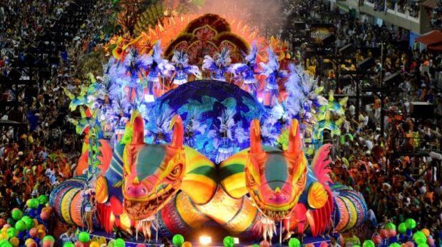 Importância do Carnaval para o turismo e negócios