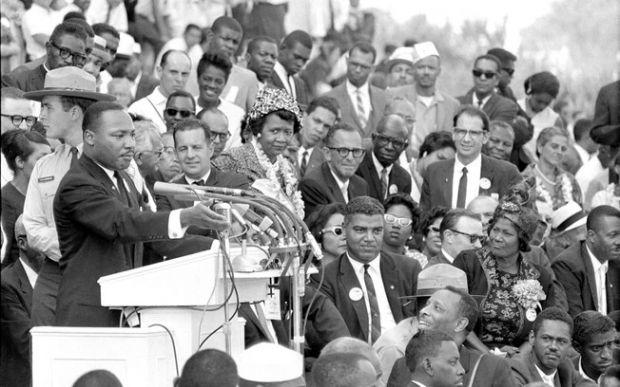 Como se deu a luta por direitos civis nos EUA?