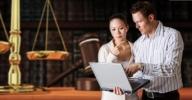 Clique aqui para visitar a página online do Curso de Direito Empresarial