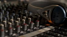 Ilustração - Curso de Produção de Música Eletrônica - DJ